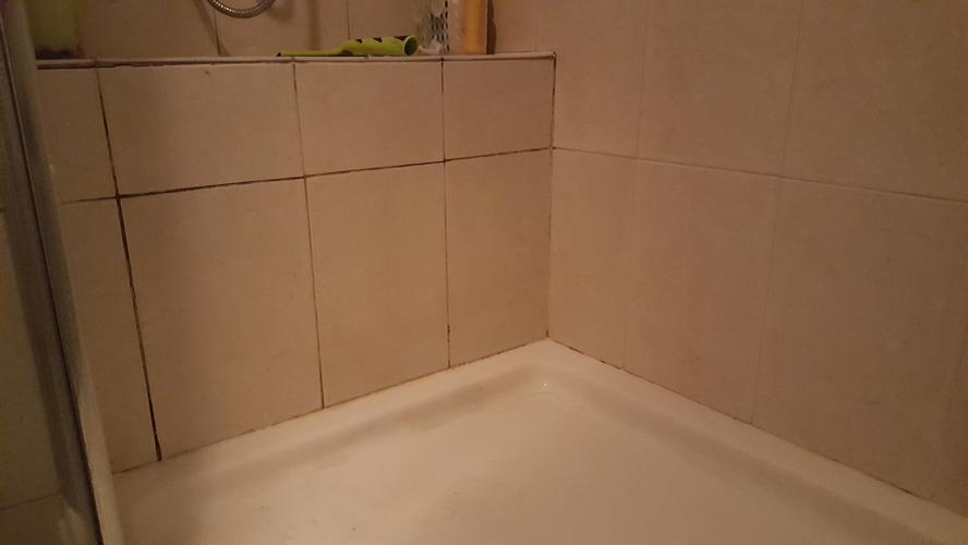 Voegen Vernieuwen Badkamer : Nieuwe klus badkamer voegen en kitwerk vernieuwen keuken badkamer
