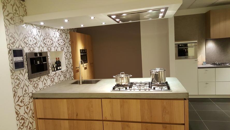 Plafond Afzuigkap Keuken : Verlaagd plafond tbv afzuigkap keuken en spotjes werkspot