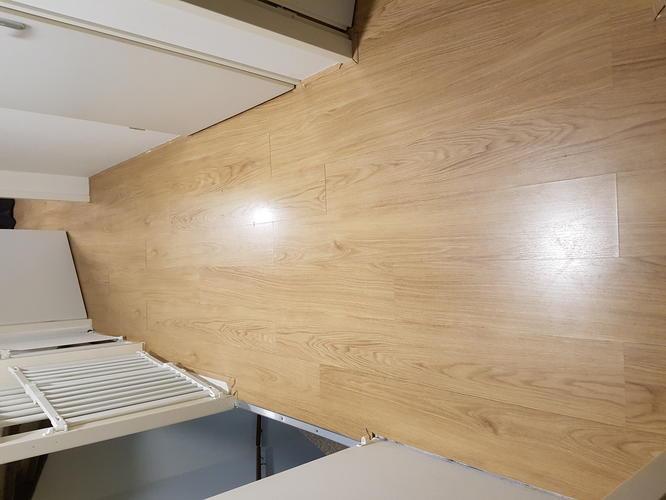 Houten Vloer Veert : Oplossen krakende laminaatvloer werkspot