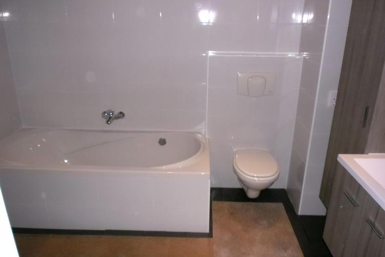 Badkamer vergroten en verbouwen - Werkspot