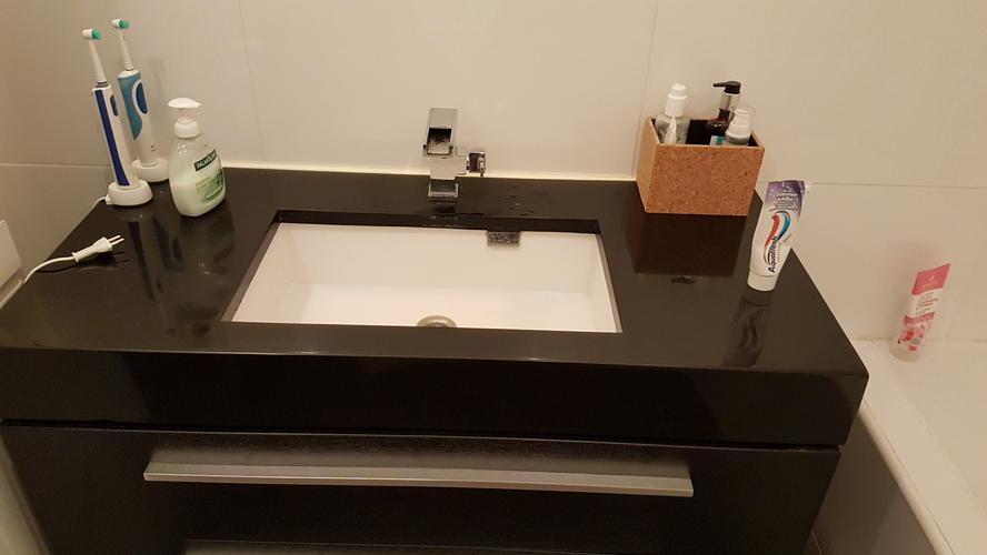 Badkamer Kraan Vervangen : Badkamer kranen vervangen werkspot