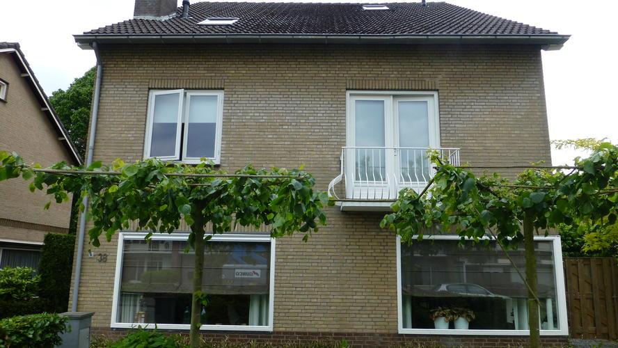 Buitenkant huis wit schilderen werkspot for Wat kost een huis schilderen