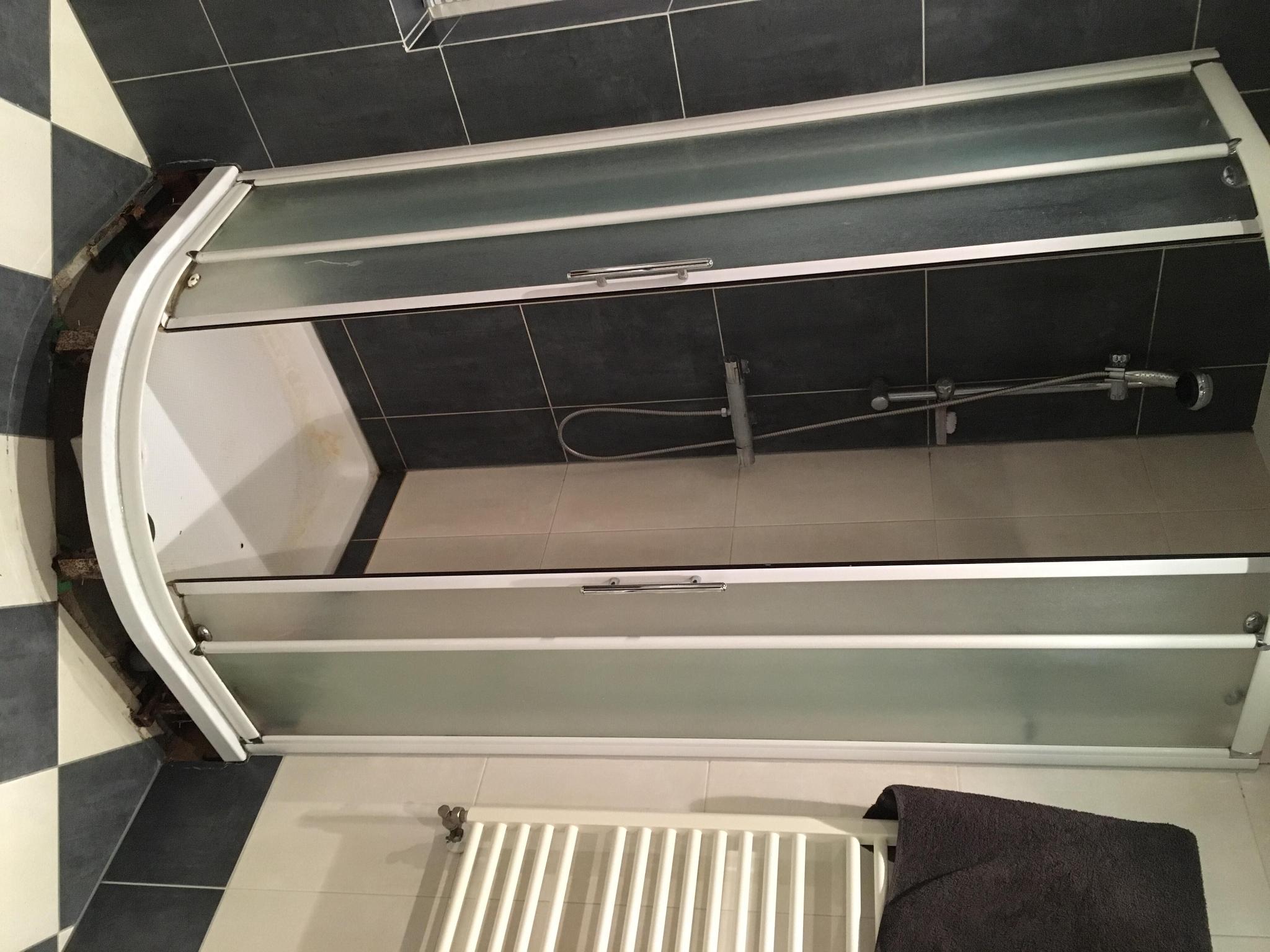 Afvoer Douche Aansluiten : Douche bad combinatie plaatsen aansluiten op bestaande douche