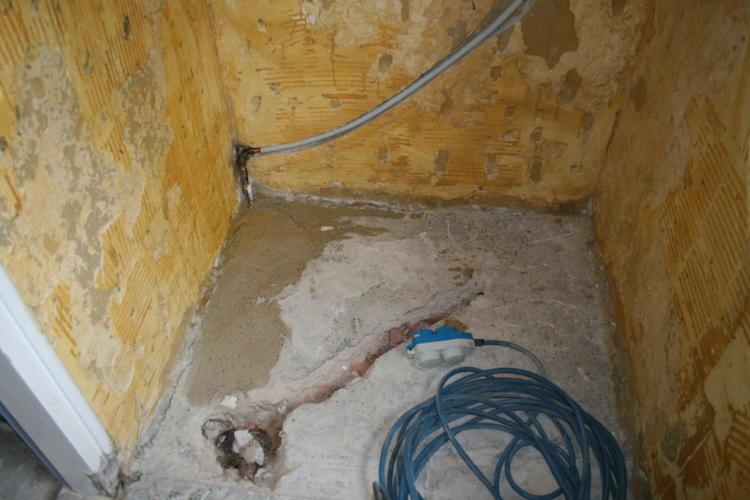 Inloopdouche Vloer Maken : Douche vloer geschikt maken als inloopdouche werkspot