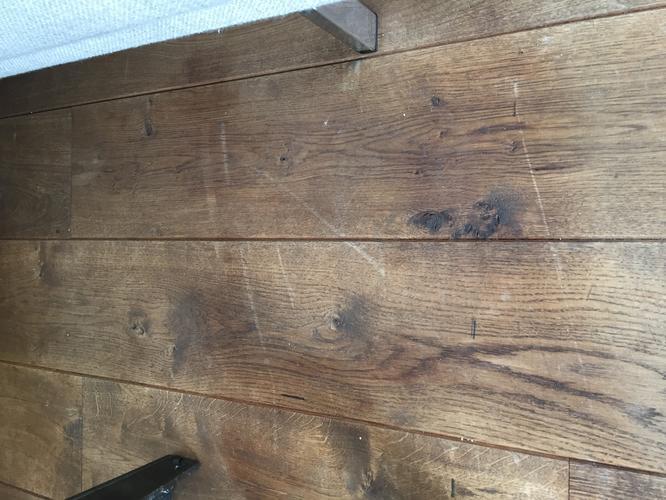 Onderhoud schuren en boenen houten vloer m en reparatie