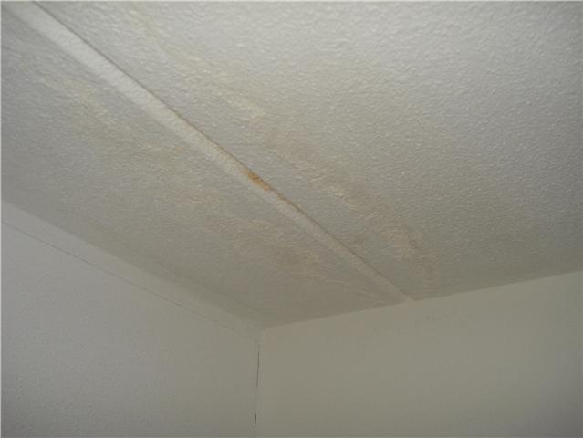 Reparatie lekkage plafond slaapkamer - Werkspot
