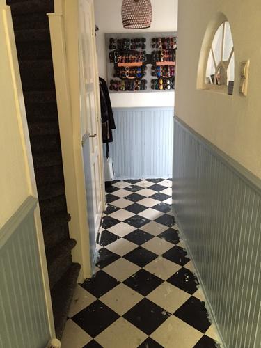 Betere Gang+wc betegelen met keramische tegels + rijtje portugese tegels EM-18