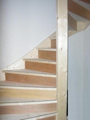 Plaatsen vaste trap naar zolder werkspot for Van vlizo naar vaste trap