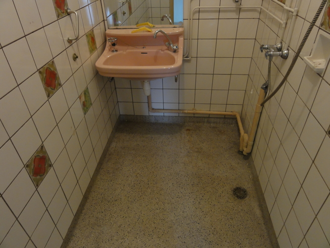 Vervanging Granieten Badkamer- en Toiletvloer - Werkspot