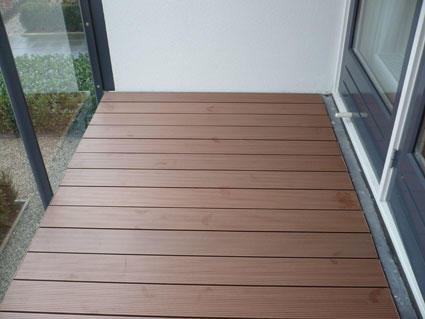 Vloer Voor Balkon : Pvc vloer leggen in de keuken vlonders leggen op balkon werkspot