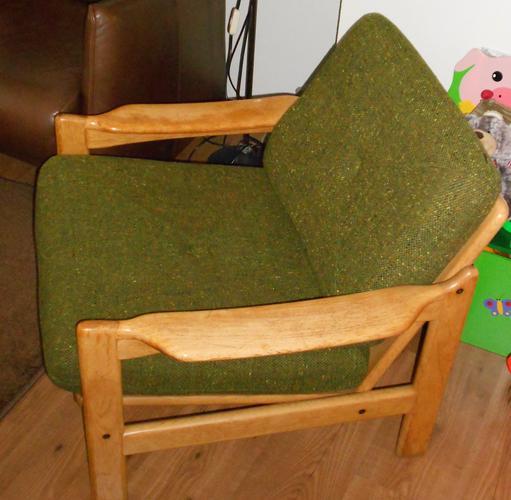 stofferen en opknappen oude fauteuil werkspot