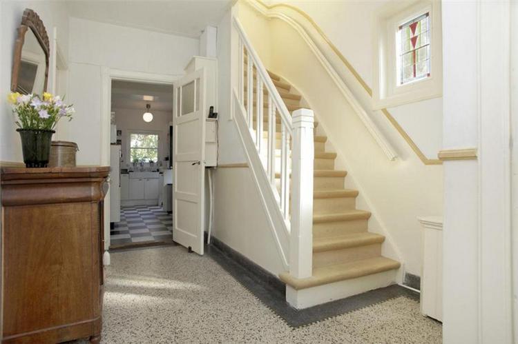 Renovatie jaren 30 trap en balkon hekwerk werkspot for Jaren 30 stijl interieur