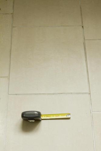 Voegen douche weer waterdicht maken - Werkspot