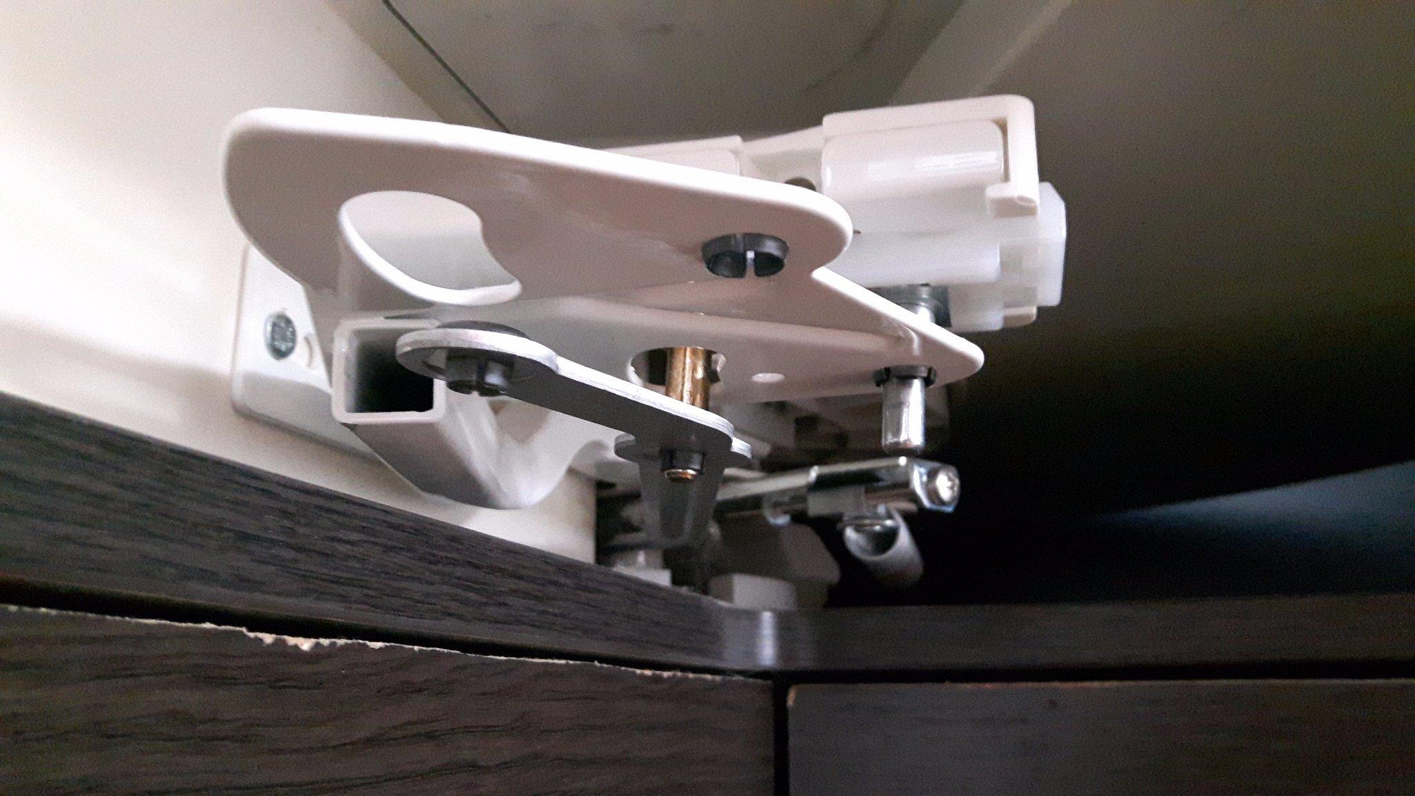 carrousel keuken afstellen : Carrousel Keuken Repareren Werkspot