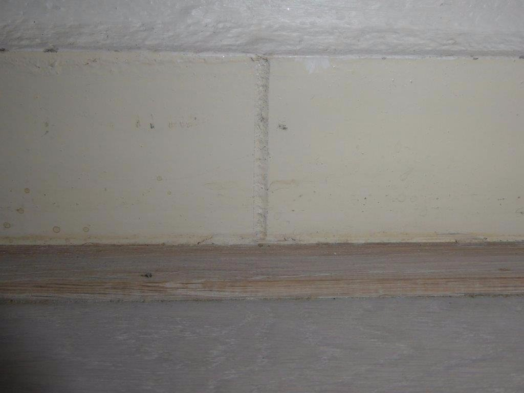 Overzetplinten in slaapkamer, gang en keuken - Werkspot