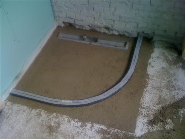 Tegelen badkamer 4m² geheel gerenoveerd - Werkspot