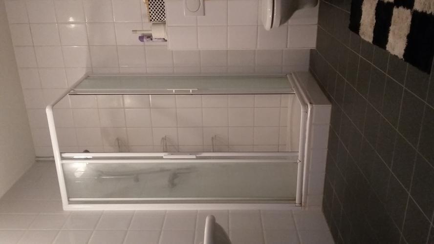 Inloopdouche Met Bak : Verwijderen bestaande douche scherm en bak plaatsen nieuwe walk