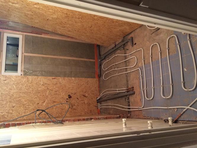 Sanibroyeur Toilet Aansluiten : Aansluiten inbouwdouche en sanibroyeur toilet werkspot