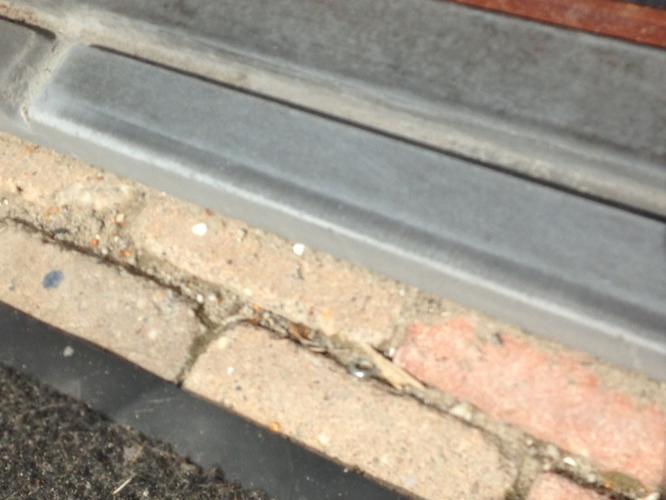 Vervangen stenen dorpel/drempel achterdeur. - Werkspot
