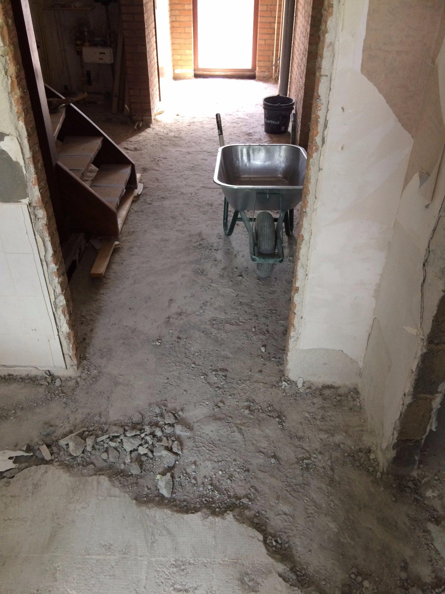 Extreem Zandcement dekvloer verwijderen (45m2) - Werkspot CR46