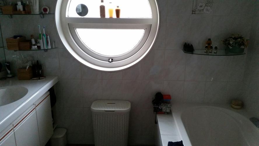 Badkamer Deels Betegelen : Tegelen over bestaande tegels badkamer tag badkamer zonder tegels