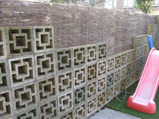 Stenen Muur Tuin : Stenen muur verwijderen schutting plaatsen werkspot
