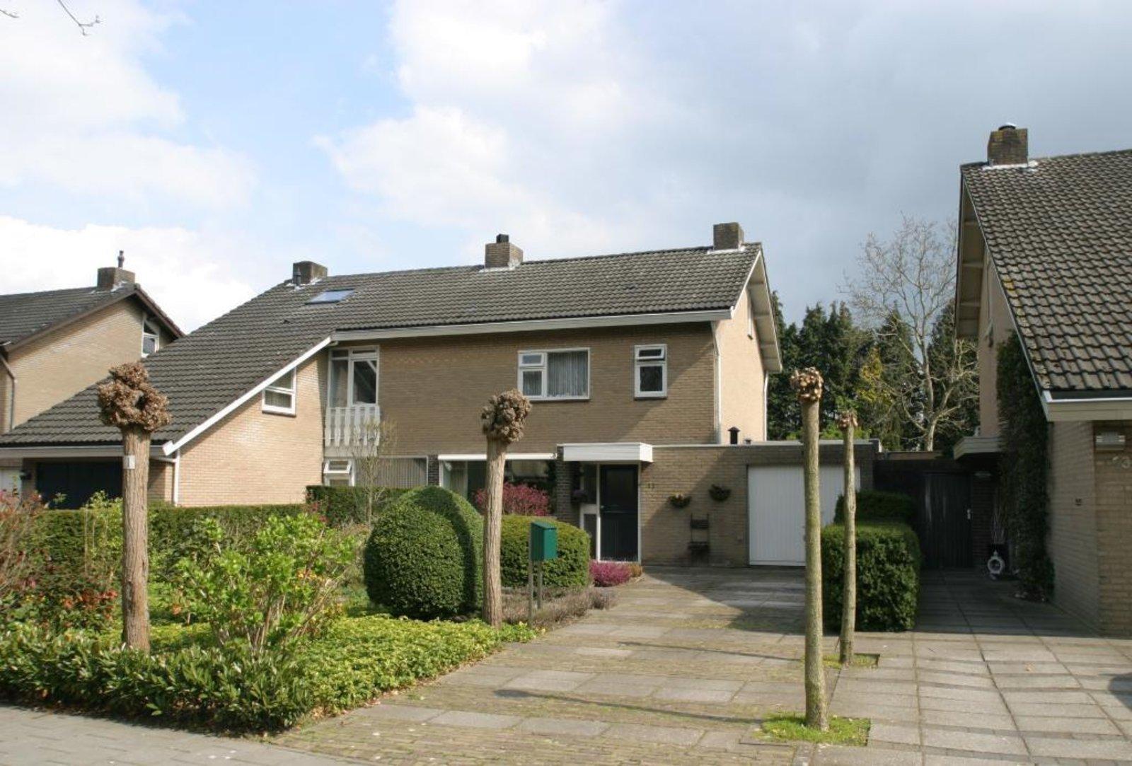 Uitbreiding Aan Huis : Opbouw op garage naast huis uitbreiding woning werkspot