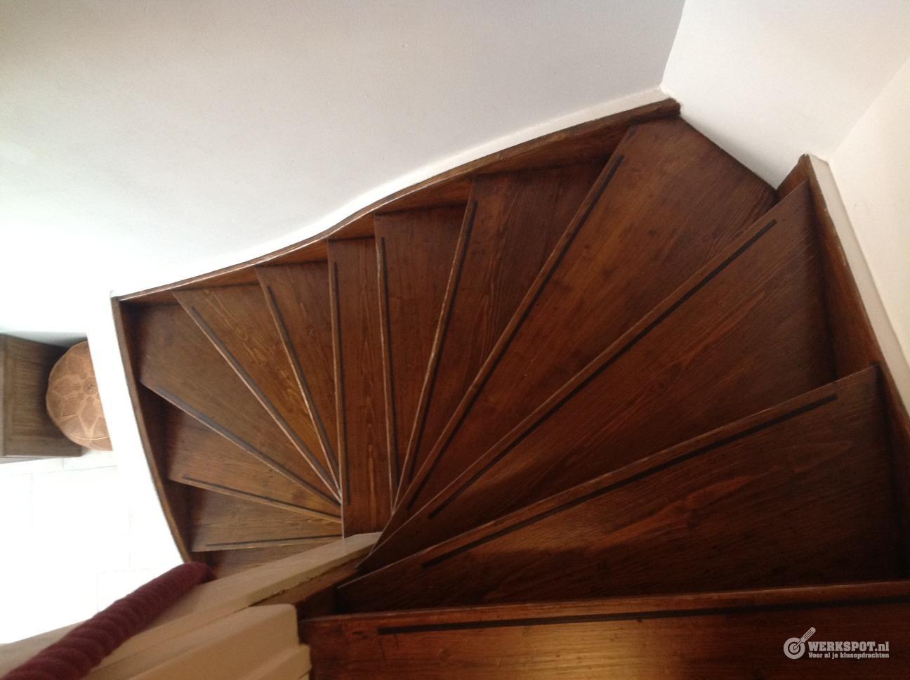 houten trap schuren lakken beitsen werkspot On trap schuren
