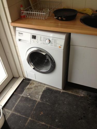 Verwonderlijk Verplaatsen wasmachine-aansluiting van keuken naar gangkast - Werkspot QH-58