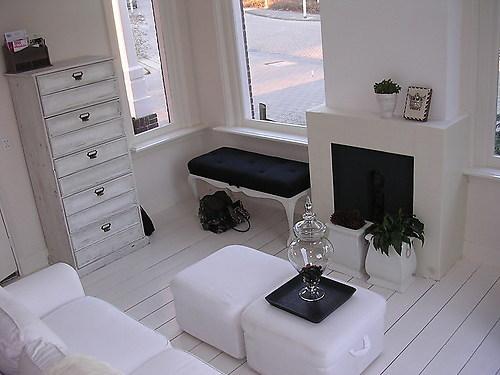 Witte Grenen Vloer : Grenen vloer leggen en wit lakken werkspot
