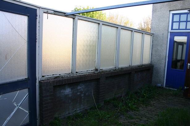 Schutting halfhoog metselwerk en hout glas fundering verwijderen werkspot for Verwijderbaar glas