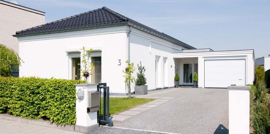 Buitenmuren in wit schilderen werkspot - Buitenkant thuis ...