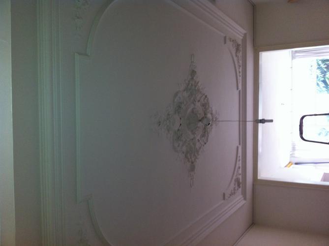 2x repareren ornamenten plafond werkspot - Decoratie woonkamer plafond ...