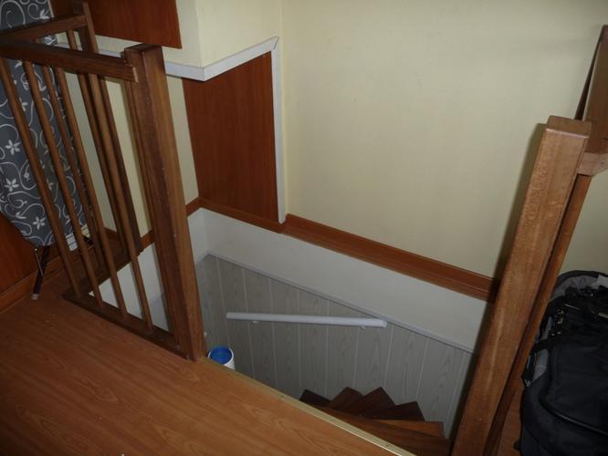 Antislip frezen in 2 trappen en luik maken in bovenste for Trapgat maken