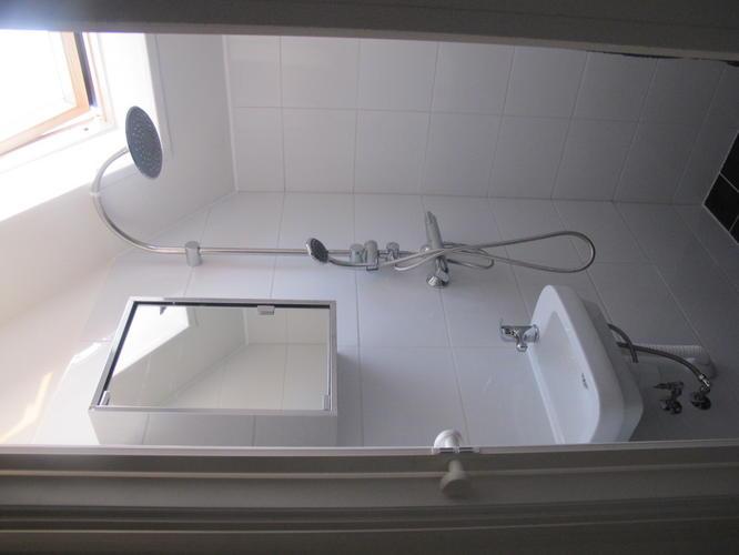 Afzuiging Badkamer Zolder : Extra badkamer op zolder werkspot