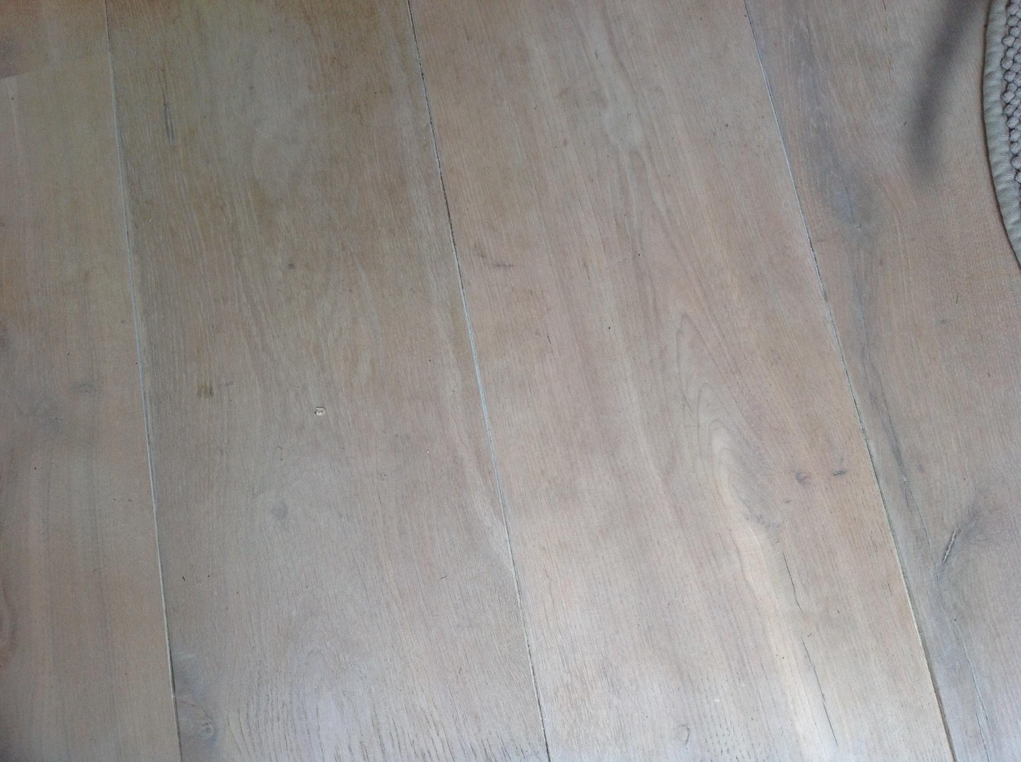 Houten eiken vloer wit verven werkspot