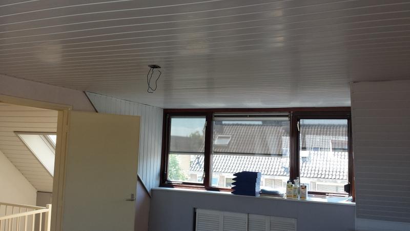kunststof schroten plafond plaatsen