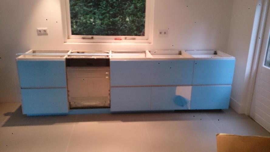 Ikea Keuken Recht Zetten 1 Kastje Vaatwasser Werkspot