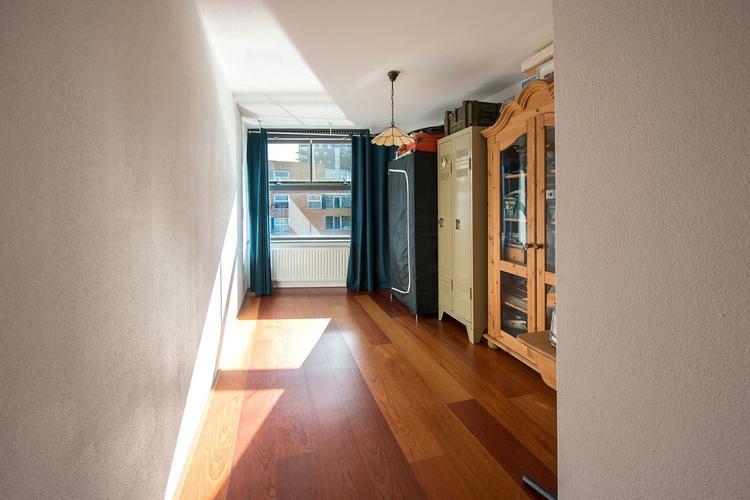 Schuren en lakken jatoba houten vloer 68m2 werkspot