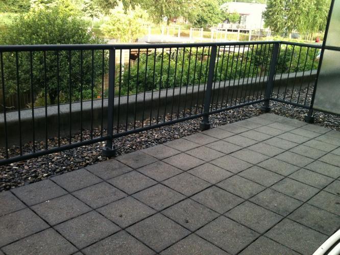 renoveren stalen balkon terrashek lassen werkspot. Black Bedroom Furniture Sets. Home Design Ideas