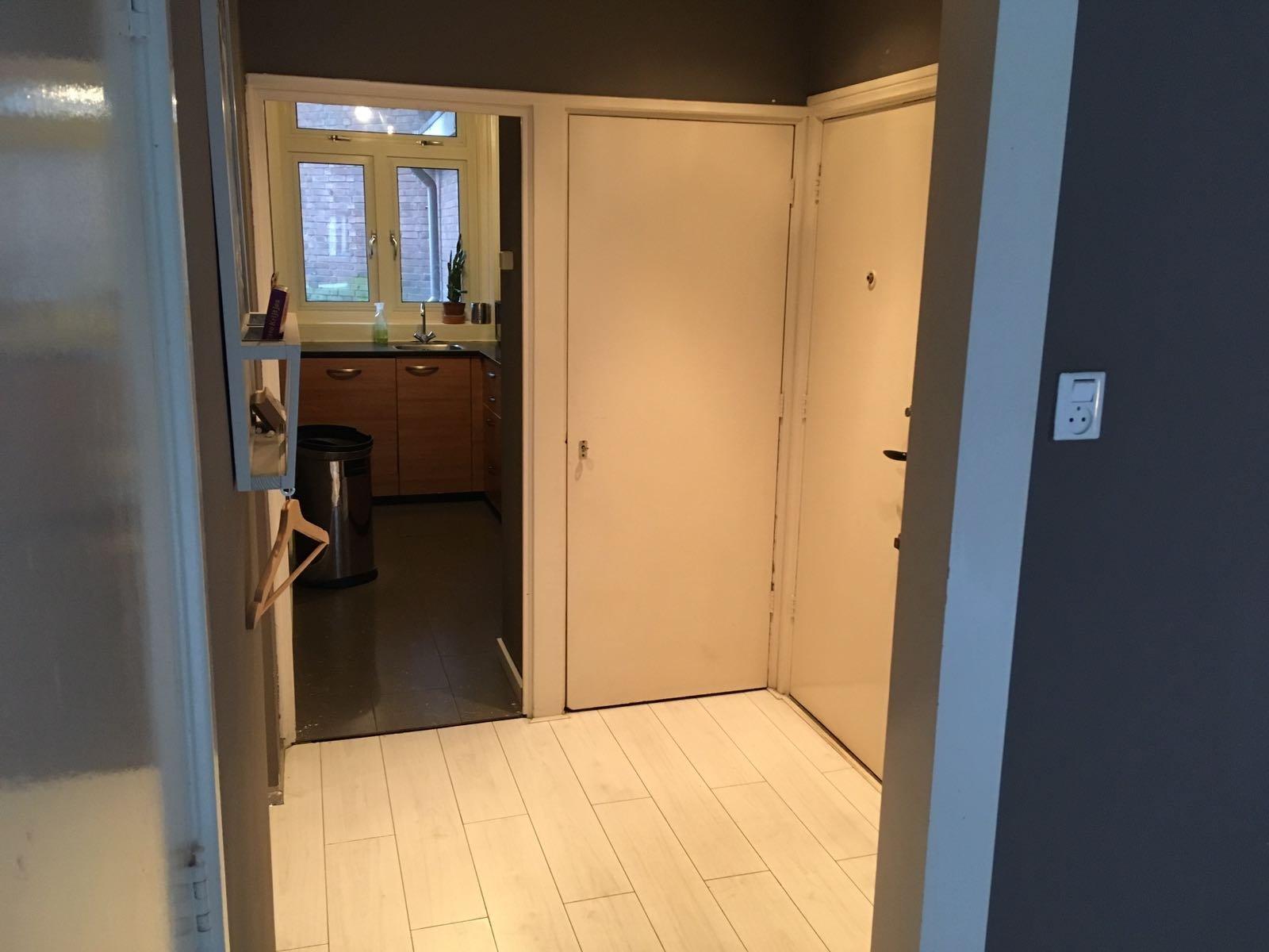 sloopwerk keuken en woonkamer stucen muren werkspot