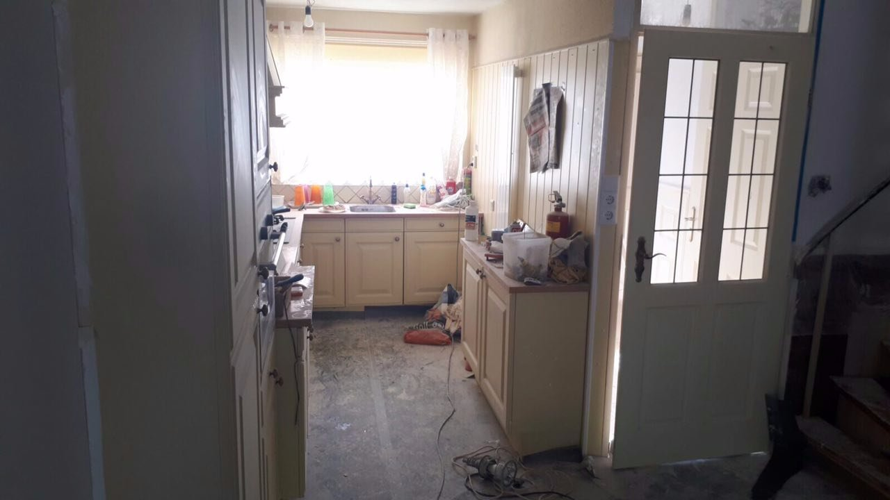 Keuken wrappen of spuiten schilderen werkspot