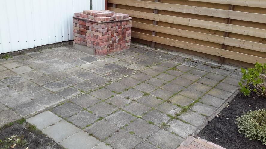 Tegels Leggen Tuin : Tegels leggen in de tuin werkspot