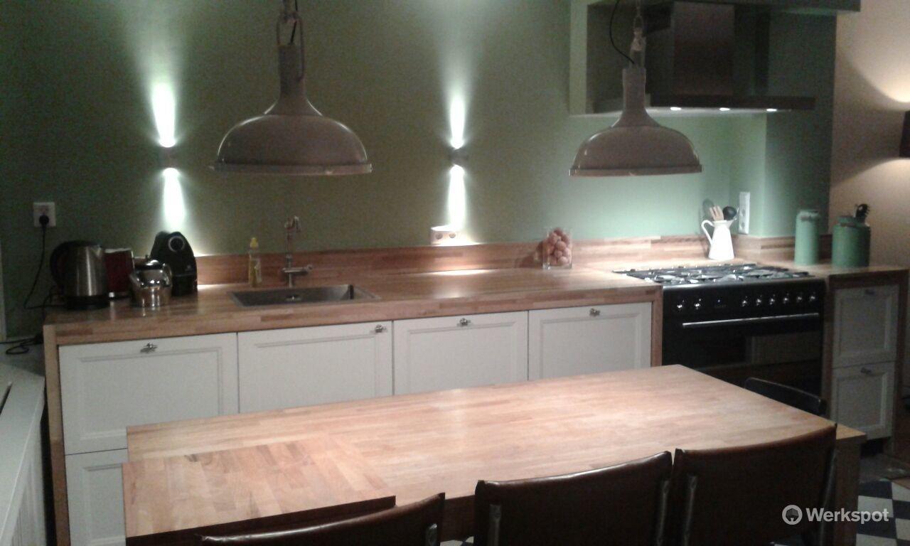 Houten Werkblad Keuken : Het maken van een nieuwe keuken met een houten werkblad werkspot