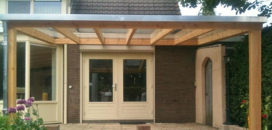 Bouwen houten veranda aan huis werkspot for Zelfbouw veranda
