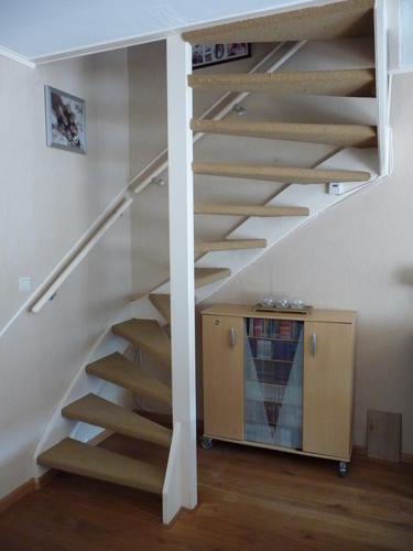Open trap dicht maken kast onder de trap maken werkspot for Dichte trap maken