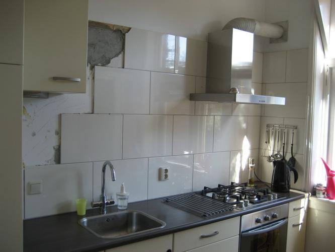 Design Wandtegels Keuken : Vernieuwen wandtegels keuken werkspot