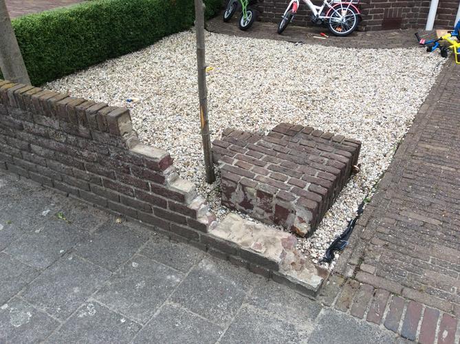 Stenen Muur Voortuin : Reparatie stenen muur voortuin werkspot