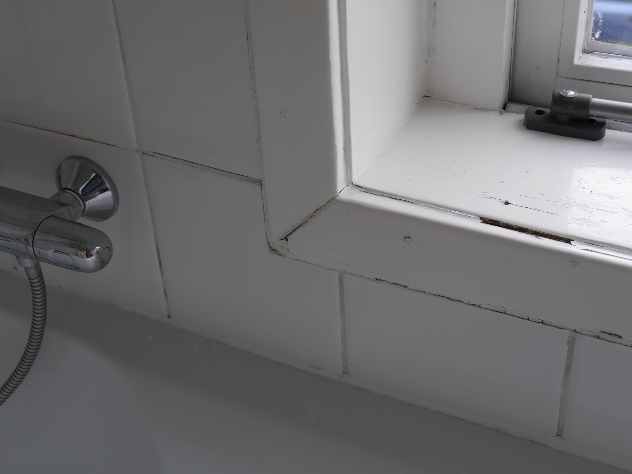 badkamer voegen herstellen werkspot