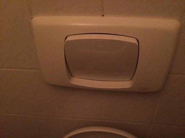 Spoelmechanisme Toilet Vervangen : Repareren toilet spoelmechanisme defect werkspot